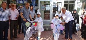 Hisarcık Belediyesinden sünnet çocuklarına bisiklet