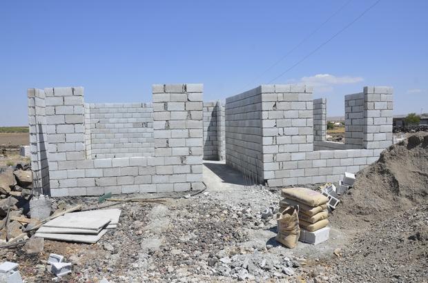 Yangında üç çocuğunu kaybeden acılı aileye yeni ev yapılıyor