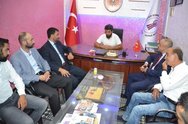 MHP'li Samanlı esnafların sorunlarını dinledi