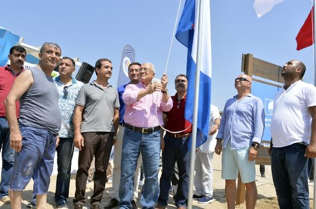 Mersin'de ilk mavi bayrağı Kızkalesi Halk Plajında göndere çekti
