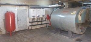 Çavdarhisar'da okullarda doğalgaz dönüşüm çalışmaları