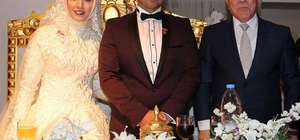 Yakutiye Gençlik Kolları Başkanı Mesut Abuşoğlu, Betül Maraş ile dünya evine girdi