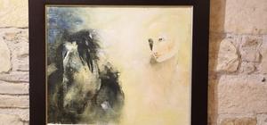 Işık Söğütlü'nün yağlı boya resim sergisi Kuşadası'nda açıldı