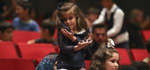 """Sığınmacı çocuklar """"barış"""" temalı etkinlikte bir araya geldi"""