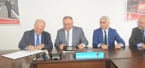 Yalova Belediyesi ve Cem Vakfı arasında protokol