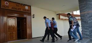 Cezaevi firarileri polisten kaçamadı