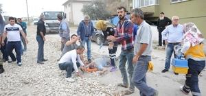 Bursa'da freni boşalan tırın çarptığı yol çalışması yapan 4 işçi yaralandı