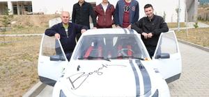 Üniversite öğrencileri elektrikli araç üretti