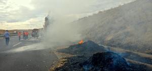 Gaziantep'te saman yüklü tır yandı