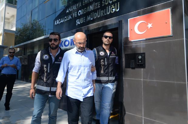 Eski Burdur Valisi Kürklü'nün gözaltına alınması
