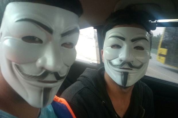 "Bursa'da ""V For Vandetta"" maskesiyle gasp girişimi"