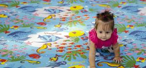 Antalya'da bebek emekleme yarışması