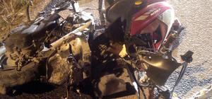 Kütahya'da otomobil motosiklete çarptı: 2 ölü