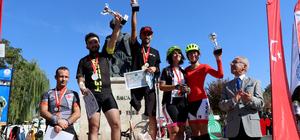 9. Cumhuriyet Bayramı Kupası Bisiklet Yol Yarışı Şampiyonası sona erdi