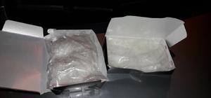 Uyuşturucuyu baklava kutusuna saklamışlar