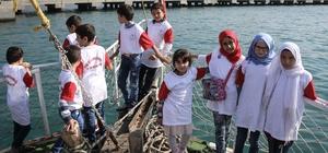 Hatay'da Suriyeli yetim ve öksüzlere tekne gezisi