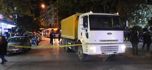 Hafriyat kamyonun çarptığı kadın öldü