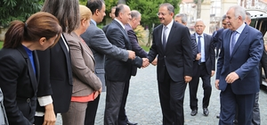 Çevre ve Şehircilik Bakanı Özhaseki, Hatay'da