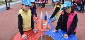 Kocasinan Belediyesi'nin teknoloji parkı çocukların beğenisine sunuldu