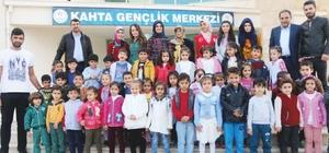Minik öğrenciler gençlik merkezini gezdi