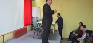 İvrindi'de Değerler Eğitimi Yardımlaşma semineri ilgi gördü