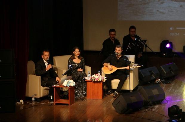 Atatürk, Kartal'da sevdiği şarkılarla anıldı