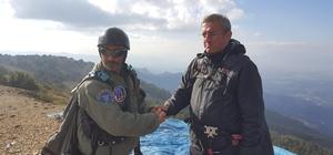 Murat Dağı'nda yamaç paraşütü keyfi