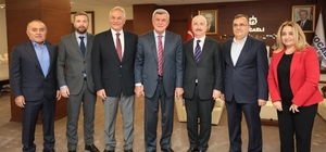 Başkan Karaosmanoğlu GEBKİM yönetimini ağırladı