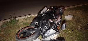 Kaza yapan motosiklet sürücüsü yaşam mücadelesi veriyor