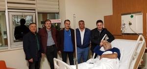 AK Partili yöneticilerden yatan hastalara ziyaret