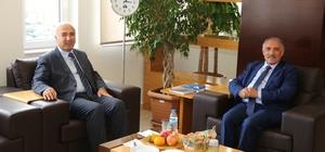 Rektör Kar, Başka Özkan'ı ziyaret etti