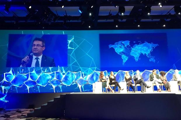 AGÜ Rektör Yardımcısı Prof. Dr. Yusuf Baran Dünya Bilim Forumu'nda Konuşma Yaptı