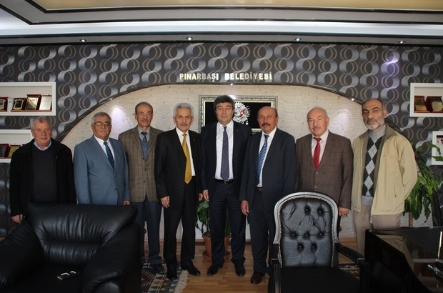 Pınarbaşı Belediye Meclis Üyesi'nden 7 kişi MHP'den istifa etti