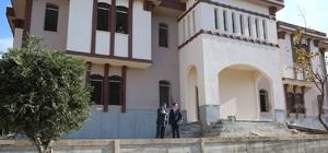 Darıca'nın mahalle konakları açılışa hazırlanıyor