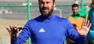 """Ali Tandoğan: """"Sezon sonunda kupayı kaldırmak istiyoruz"""""""