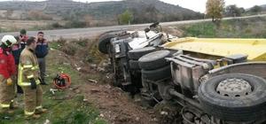 Hafriyat kamyonları çarpıştı : 1 ölü