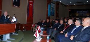 Türk Ocakları Genel Başkanı Öz, Salihli'de konferansa katıldı