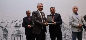 Başkan Karalar'a Tarihi Kentler Birliği'nden ödül