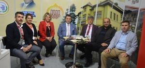 Başkan Bakıcı, Bozüyük Belediyesi standında misafirlerini ağırladı