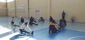 Dumlupınar'da voleybol kursu