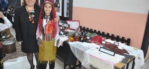 """İlkokulda """"Milli kültür"""" sergisi açıldı"""