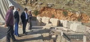 Başkan Özdemir, kemer yapım çalışmalarını inceledi