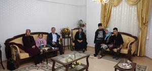 Tahmazoğlu'ndan Şehit Ailelerine ziyaret