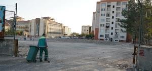 Adıyaman Belediyesi TOKİ'de temizlik çalışması yaptı