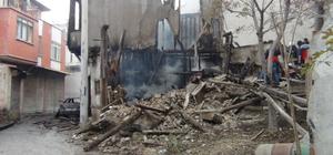 Afyonkarahisar'da yangın: 1 ölü, 1 yaralı