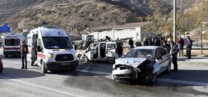 Gümüşhane'de panelvanla otomobil çarpıştı: 7 yaralı