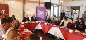 Rektör Gündoğan öğrenci kulüplerinin temsilcileri ile bir araya geldi