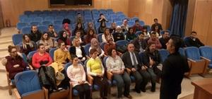 Özel Sağlık personeline iletişim semineri verildi