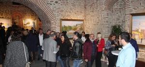 Hüseyin Cahit Derman'ın İstanbul temalı resim sergisine yoğun ilgi