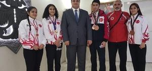 Şampiyonlara Başkan Özkan sahip çıktı